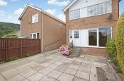 2 Whiteley Croft Close