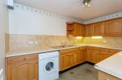 27 Listers Court Cunliffe Road