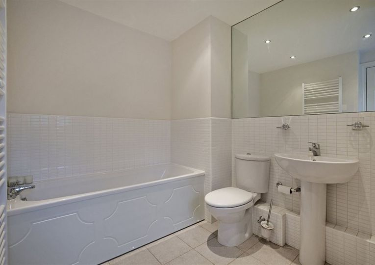 Apartment 5 Beechwood 8A Clifton Road