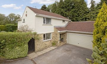 Lowcroft 1 Willow Close