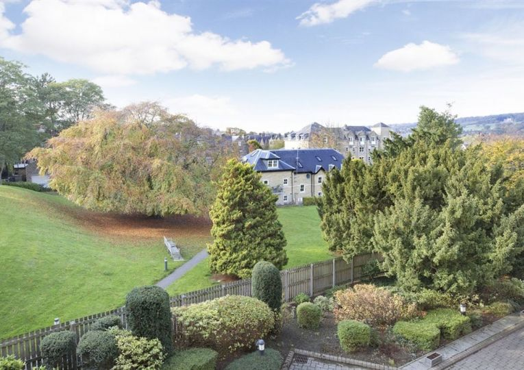 9 Abbeyfield Court Riddings Road
