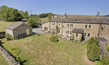 Weasel Green Farmhouse Moorside