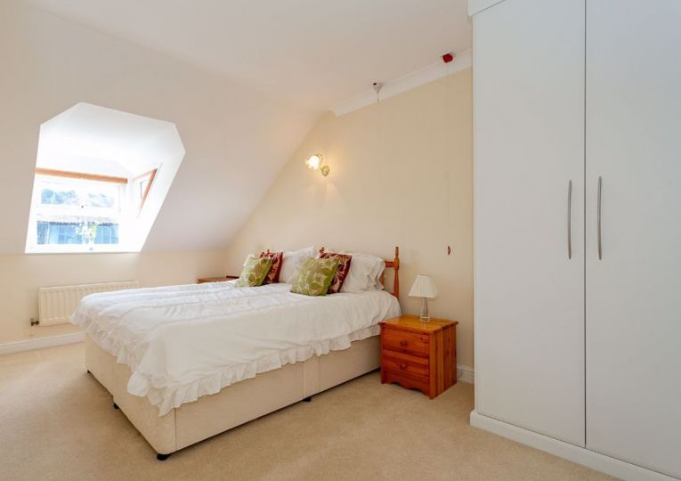46 Listers Court Cunliffe Road